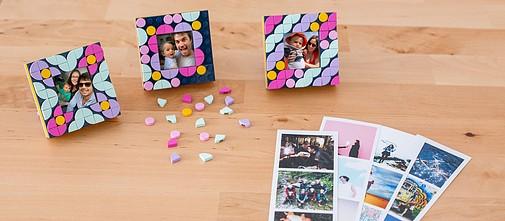 Tirage photo cabine + mini-cadre LEGO® DOTS offert Cheerz